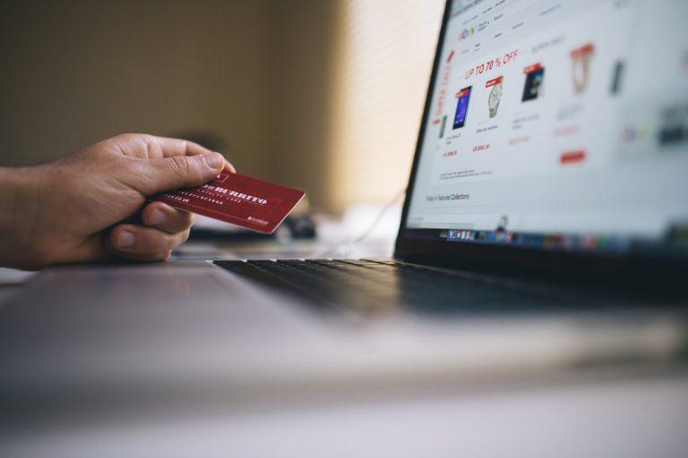 Warum lohnt es sich, Strumpfhosen online zu kaufen?